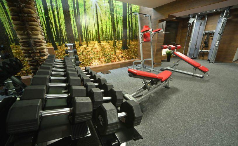 Нова фитнес зала